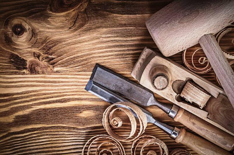 เครื่องมือช่างไม้ในบ้าน