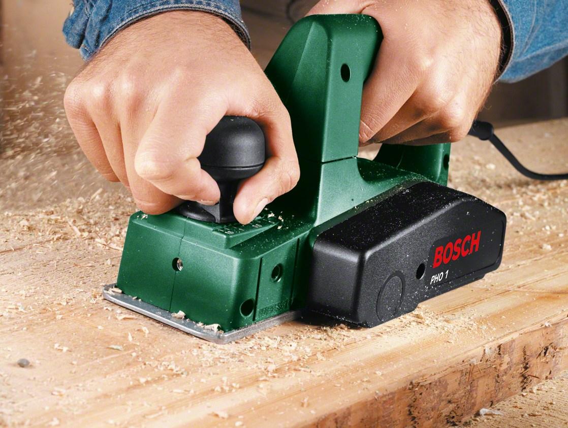 จับอุปกรณ์ให้แน่นด้วยมือของคุณ