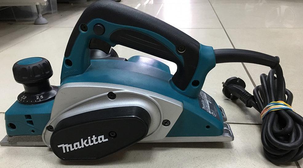 Makita KP0800